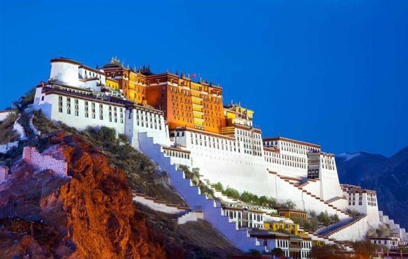 拉萨布达拉宫、扎基寺、藏族家访、林芝尼洋阁、巴松措三飞6/7天团